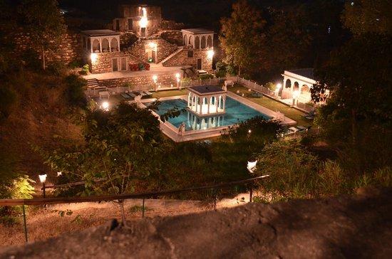 Karni Fort Bambora: Night Time Pool View