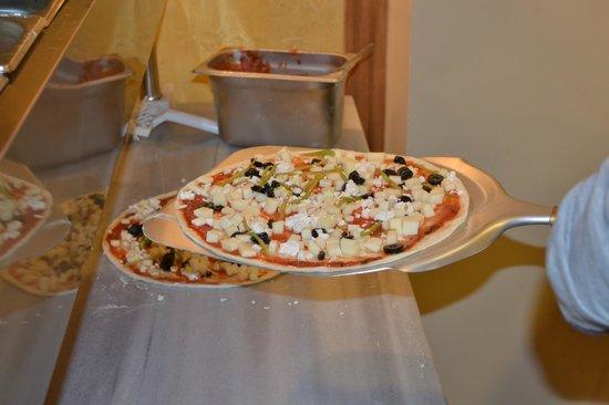 Pizzeria Pera : Pizza prep