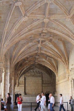 Mosteiro dos Jerónimos (Hieronymuskloster): Вну ренние переходы