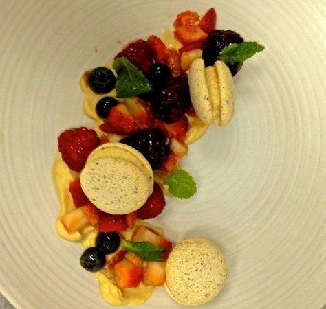 Nova: macarons con frutos rojos a la pimienta