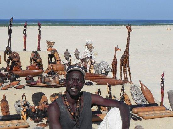 Saint-Louis, Sénégal : Ibrahim et ses oeuvres
