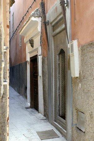 Origin Hotels Riad El Faran: Entry door
