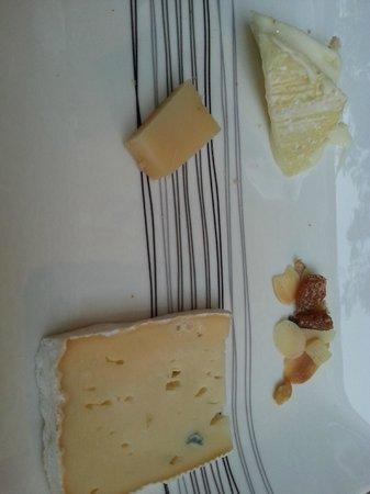 Le Manoir du Raveyron : Fromages