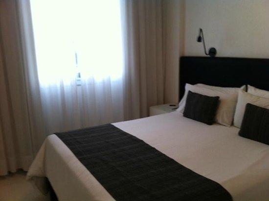 Cyan Recoleta Hotel: cuarto