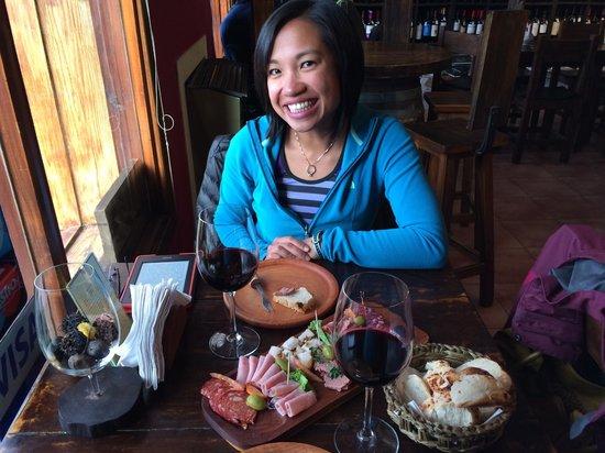 La Vinería: Enjoying wine and a salami platter