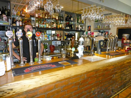 The Fork and Tap : 15(?) tap beers....