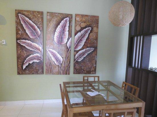 Gold Coast Morib International Resort: 3 Bedrooms Apartment - Dining area