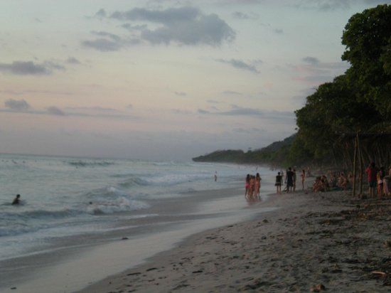 Canaima Chill House: Santa Teresa Beach