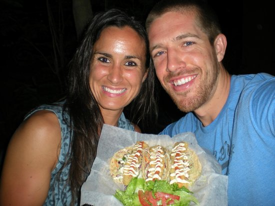 Canaima Chill House : Enjoying fish tacos