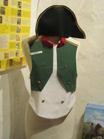 Maison Bonaparte: i vestiti