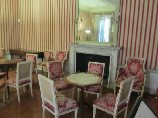 Maison Bonaparte: il salottino