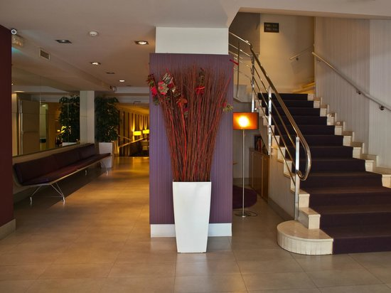 Hotel Arc La Rambla: Hall