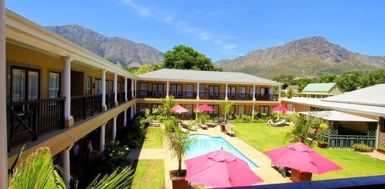 Protea Hotel by Marriott Franschhoek: View from Hotel balcony