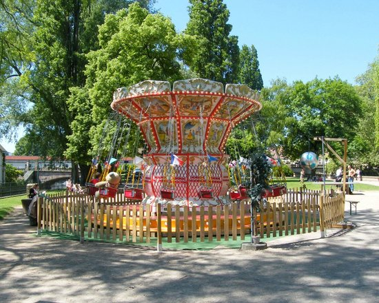 La Petite France : A lovely merry-go-round in the park.