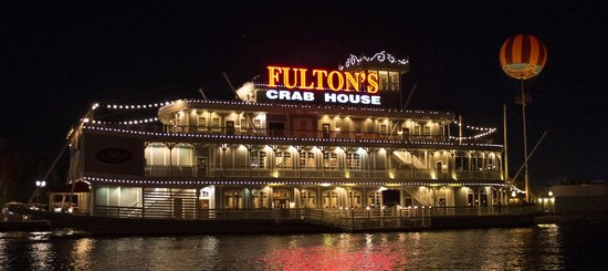 Disney Springs: Fultons crab house