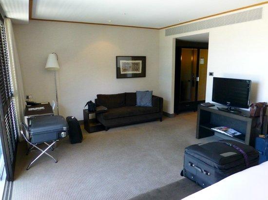 Sofitel Auckland Viaduct Harbour: Furniture upgrade due.