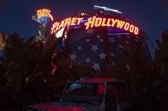 Disney Springs: planet hollywood