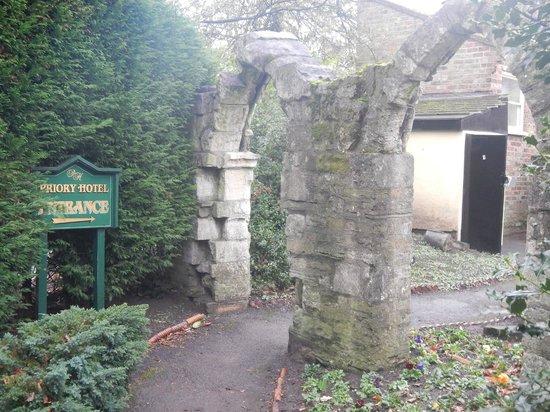 The York Priory: Entrée de l'hotel