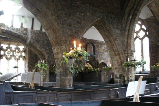 Holy Trinity Church : Lierres