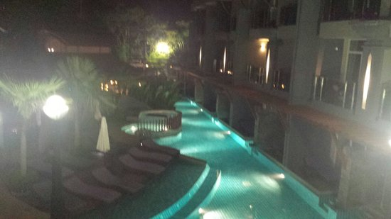Ramaburin Resort : Pool