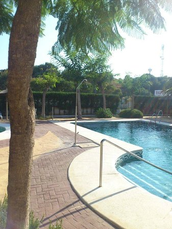 La Cueva Park: hotel pool