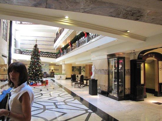 Panamericano Buenos Aires Hotel : la Hall
