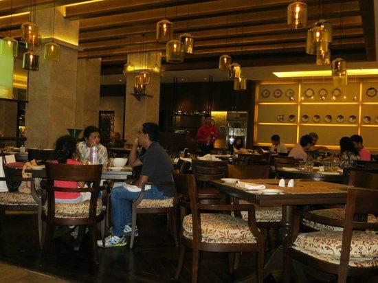 Vivanta by Taj - President, Mumbai: The Thai Pavilion - brilliant decor, staff and food