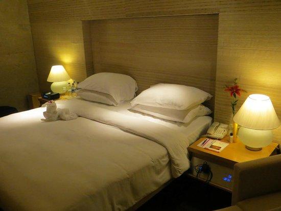 Vivanta by Taj - President, Mumbai: Bedroom