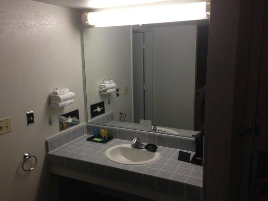 BEST WESTERN Heritage Inn - Chico: Vanity