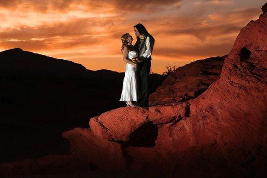 Scenic Las Vegas Weddings Chapel Sunset