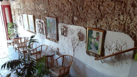 Kiniras Hotel: Empfangsbereich