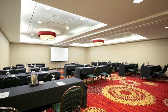 Embassy Suites by Hilton Cleveland - Beachwood : Event Space