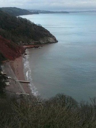 Babbacombe: A cliff edge fell down