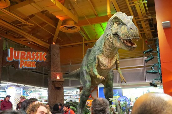 Toys 'R' Us Times Square: Un des monuments!!!!!