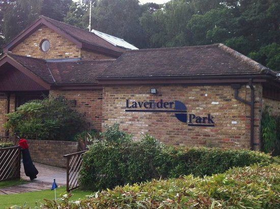 ‪Lavender Park Golf Centre‬
