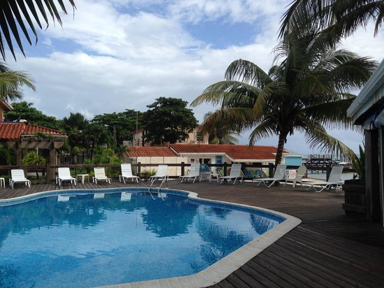 SunBreeze Hotel : Other pool view