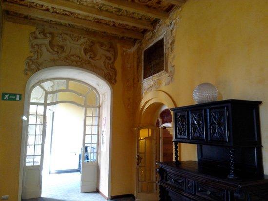 Villa Porro Pirelli : Исторические интерьеры отеля