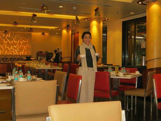 Kenilworth Hotel, Kolkata : Dining