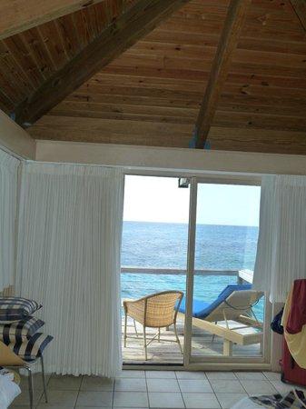 Avila Beach Hotel: Inside Blues Wing Room