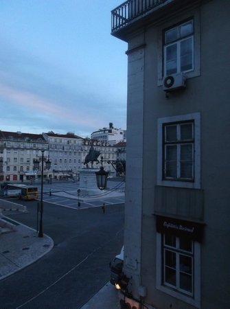 Internacional Design Hotel: Figueira square--view from room