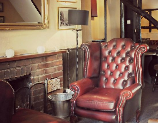 The Red Lion: Fireside