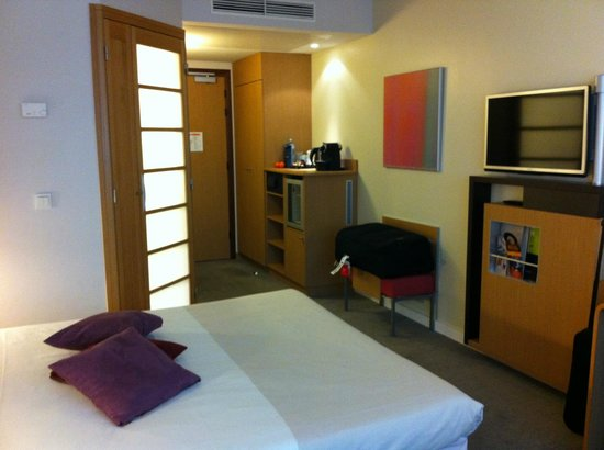 Novotel Wien City : executive room interior