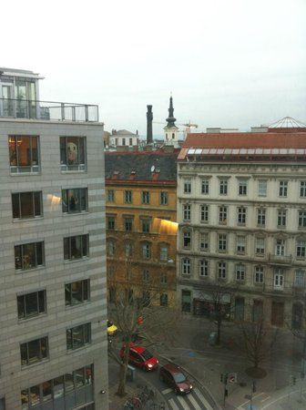 Novotel Wien City : view from 7th floor room