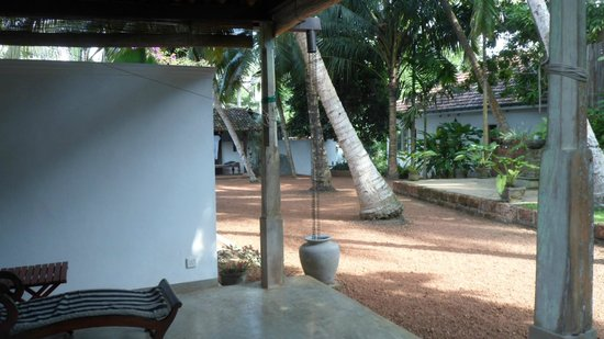 Lilly Village Boutique Hotel : grounds