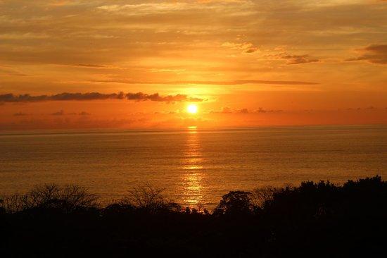Hotel Moana: coucher de soleil typique