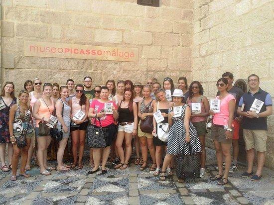 Spetting Tours: Familia Tour Gratis Málaga en el Museo Picasso