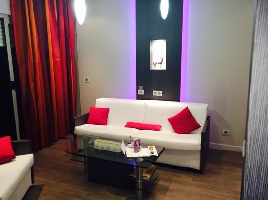 Vatel Hôtel & Spa : le coin salon de la suite 512