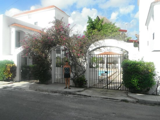 Casa Martillo side entrance