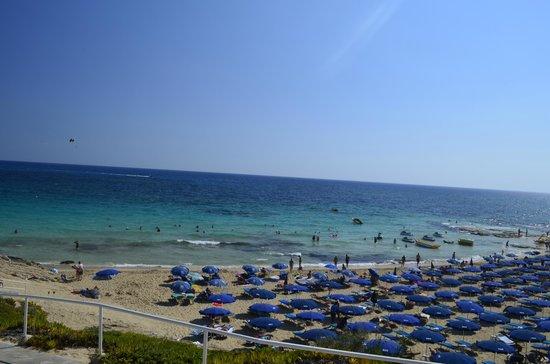 Glyki Nero Beach: Grecian Sands in september