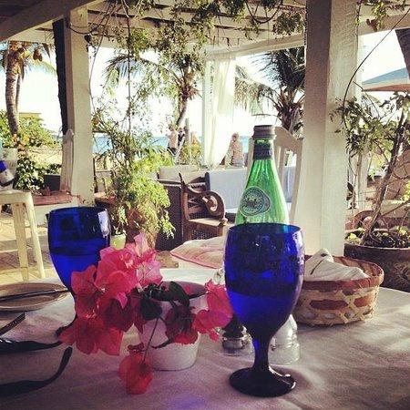 Jacqui O's BeachHouse: Enjoying lunch